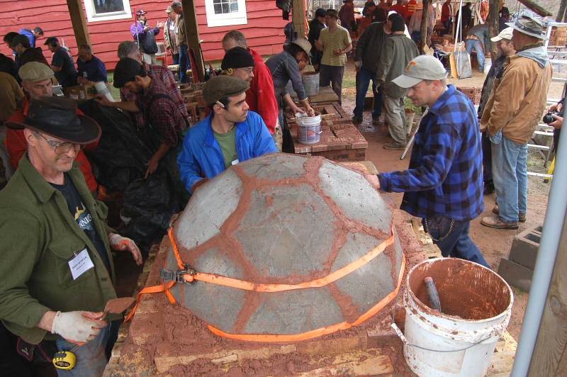 Precast geodesic dome oven